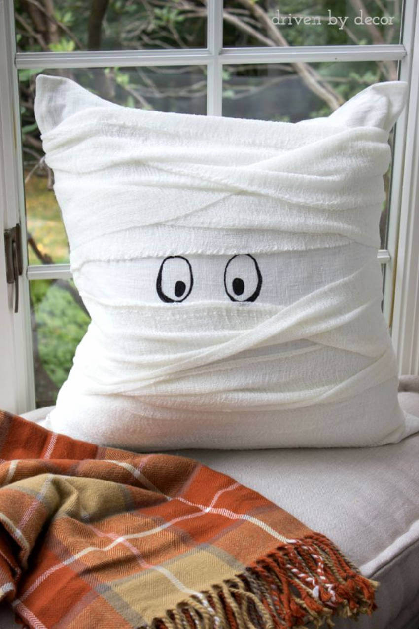 Everybody will love this cute mummy pillow!