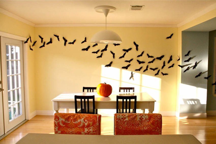 A wall of bats perfectly fits the spirit of Halloween!
