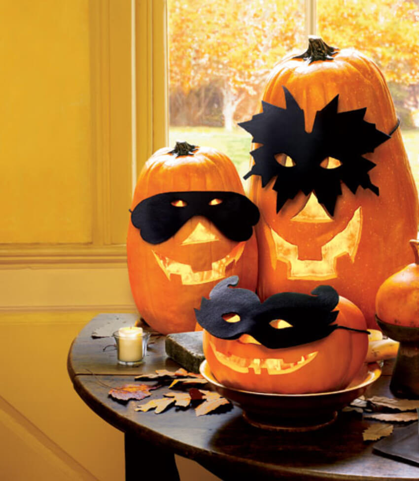 Use fall's official gourd in your Halloween decor!