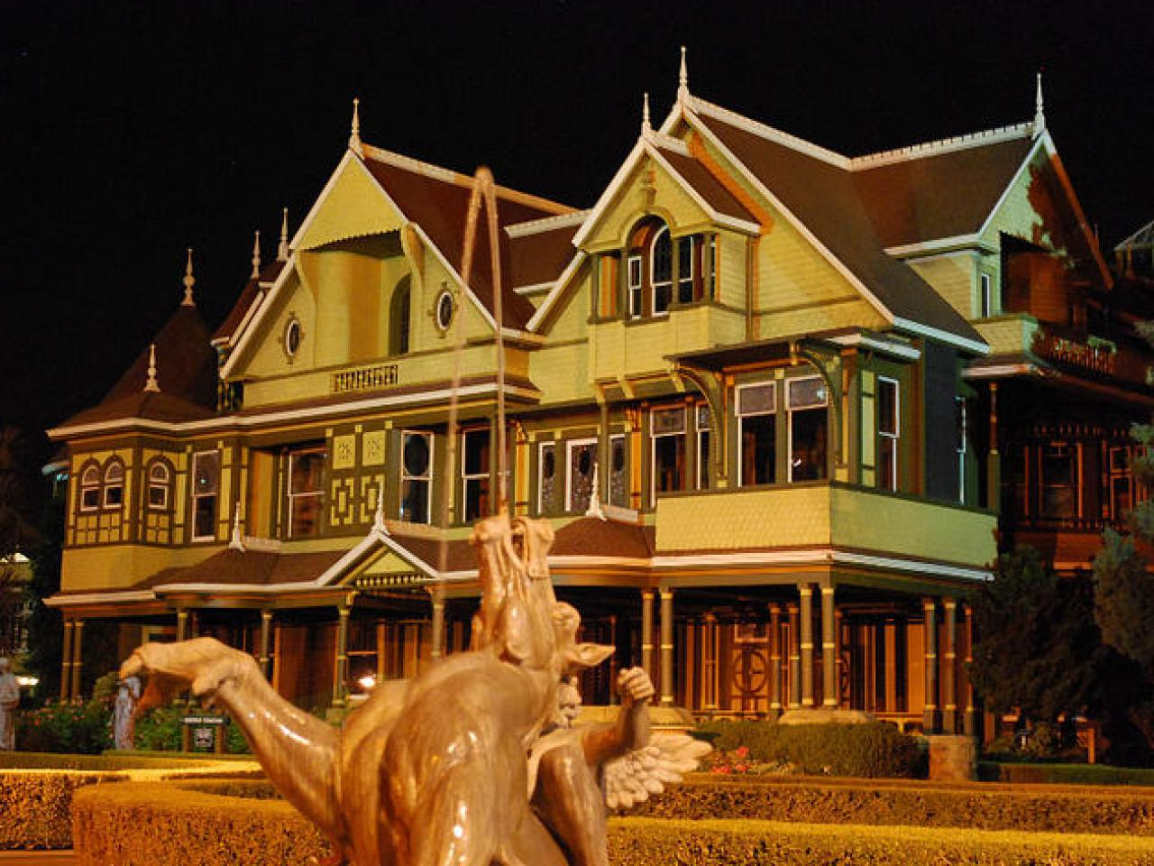 Huge haunted mansion with hundreds of renovations