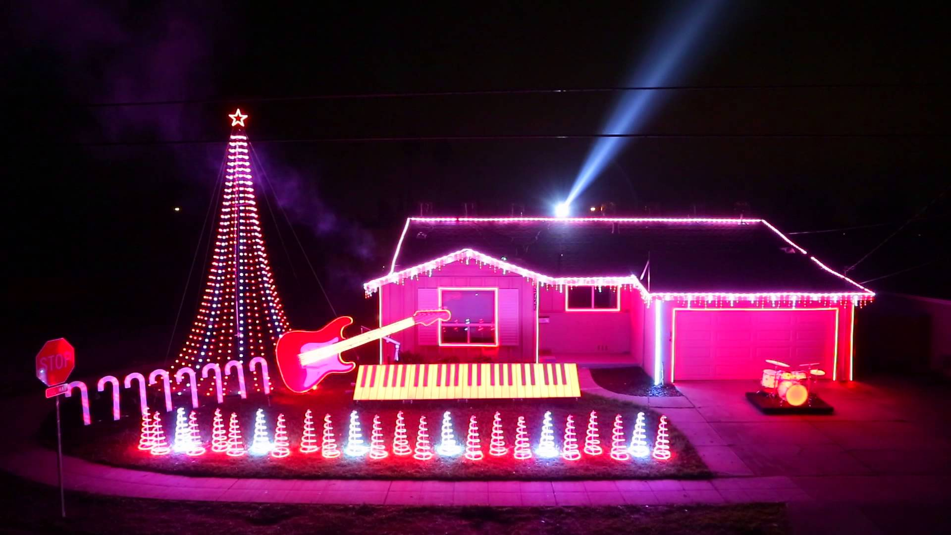 Stunning electric Christmas light display for your home! Image source YouTube.