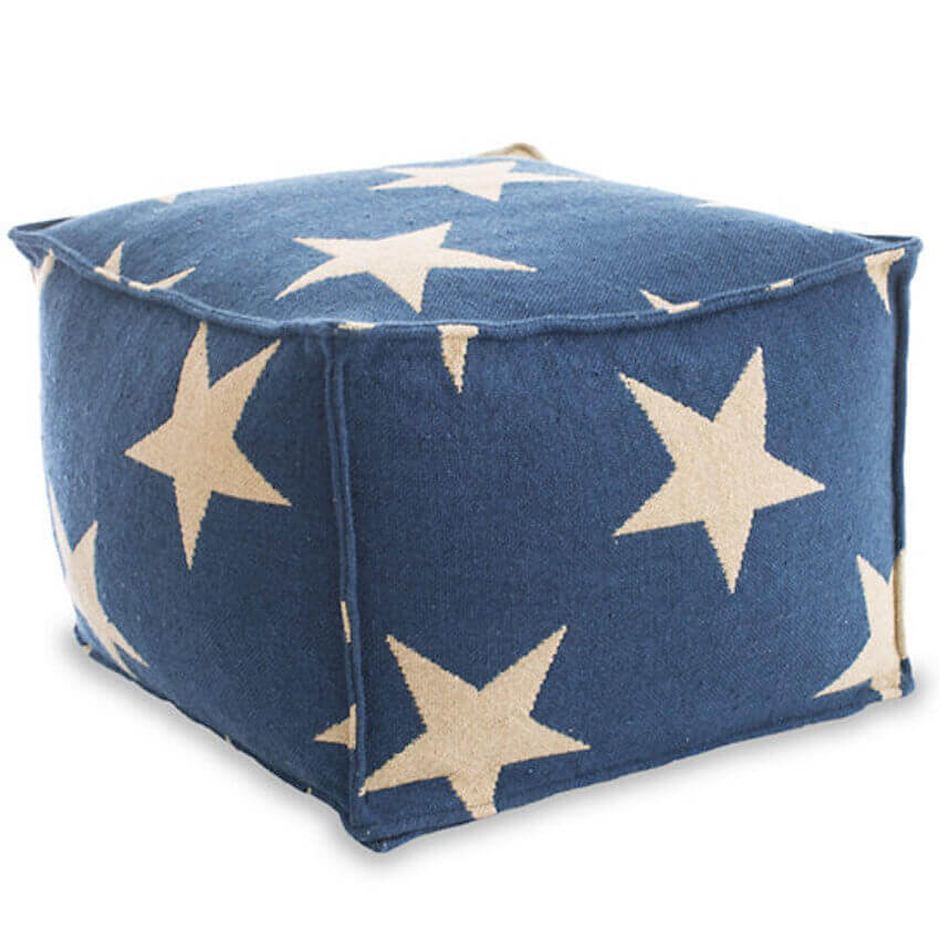 Make a DIY pouf out of upcycled denim jeans!
