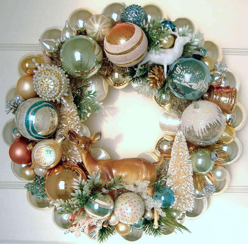 Vintage DIY wreath decor for a home