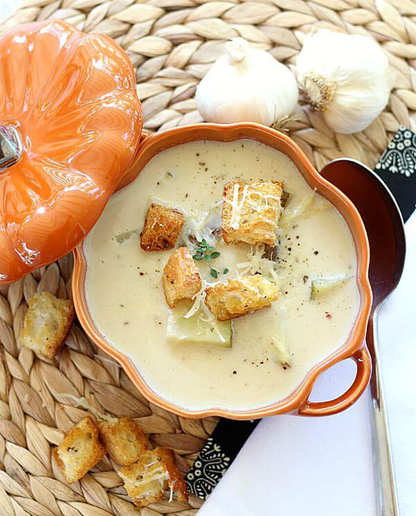 Indulge in this garlic soup and all its healthy benefits.