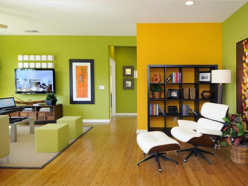 Matching green and yellow accent walls
