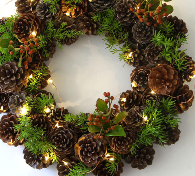 For a rustic and easy DIY wreath, try this beautiful pinecone wreath!