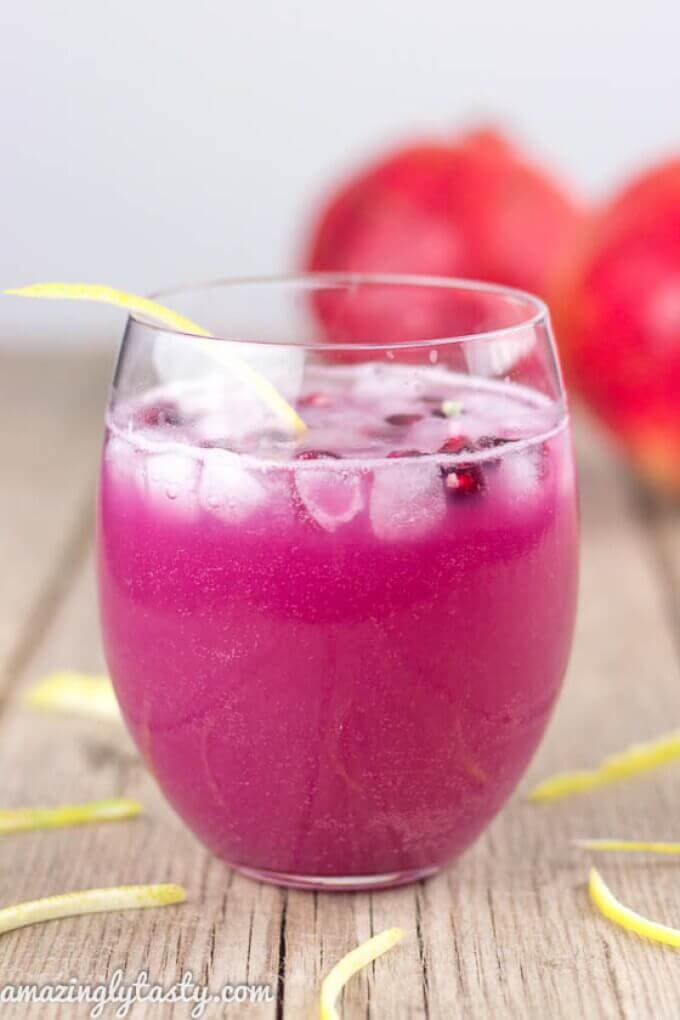 This ginger, lemon, and pomegranate detox drink will help you feel better in the new year!