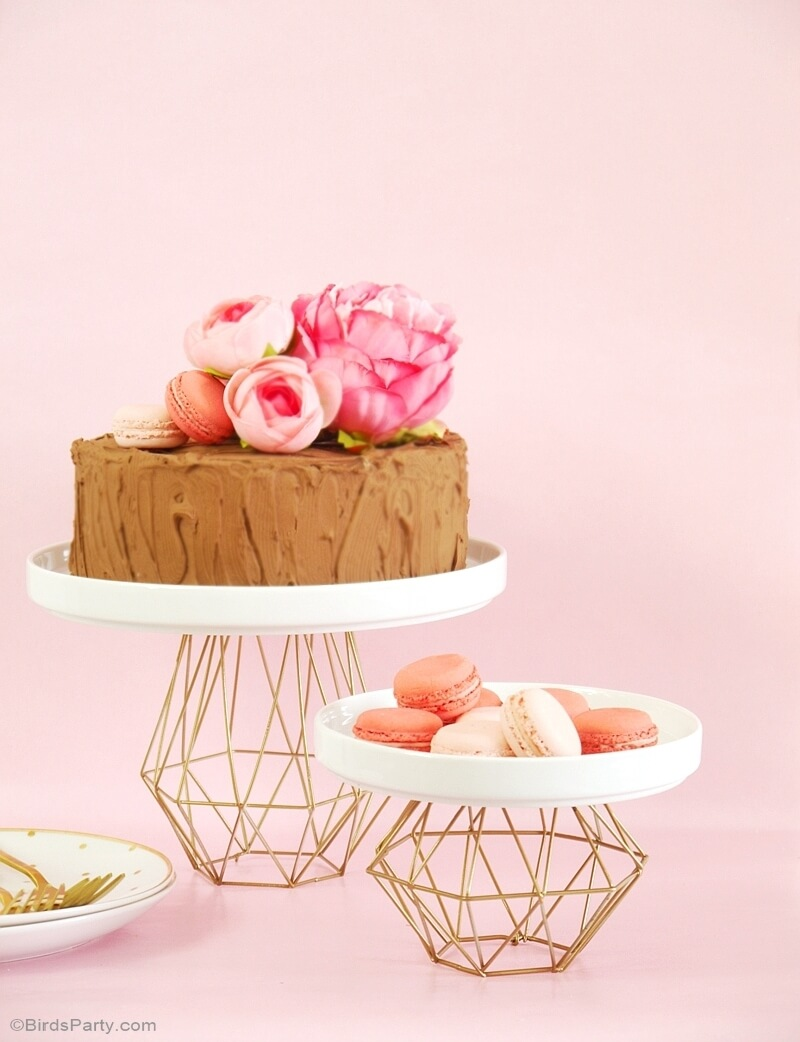 DIY cake stands that can really add value