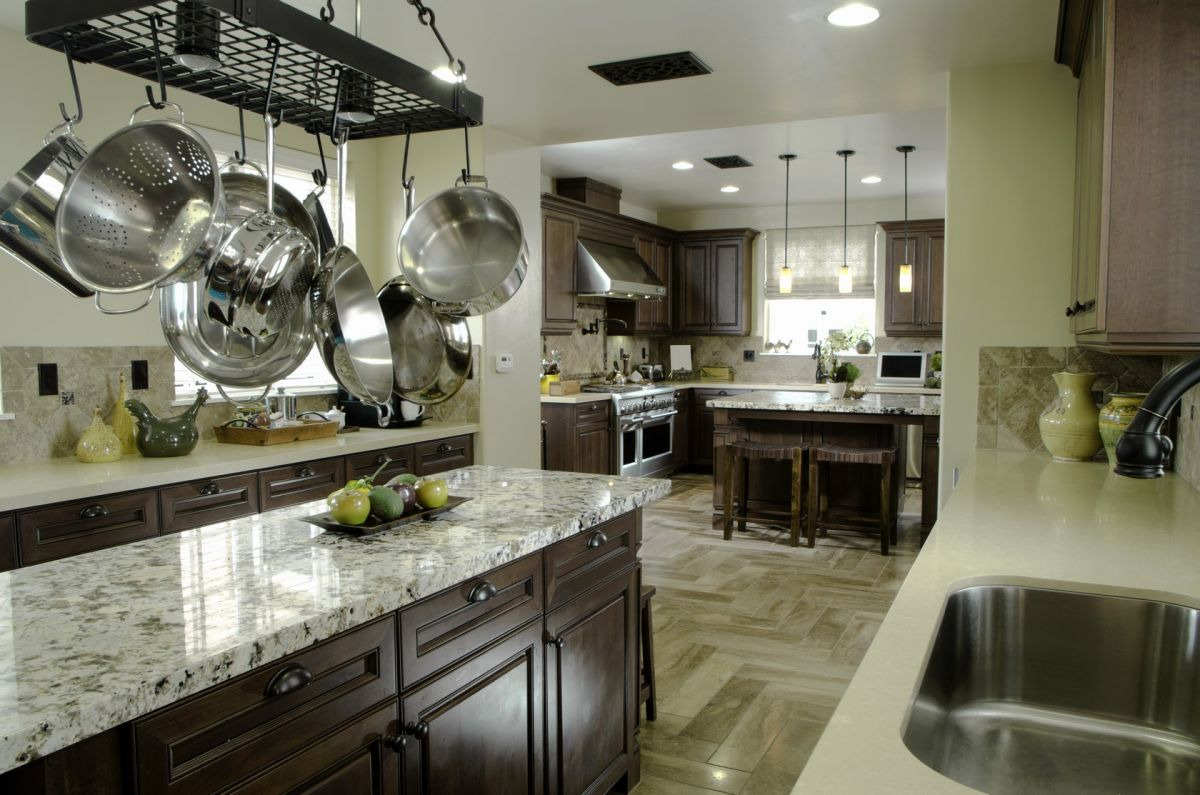 With kitchen cabinet replacement, you can get the cabinets you've always dreamed of.