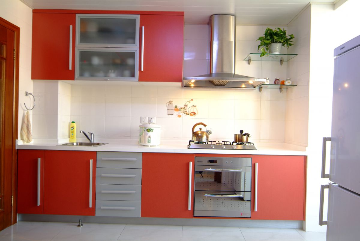 Retro kitchen remodeling for a chic age