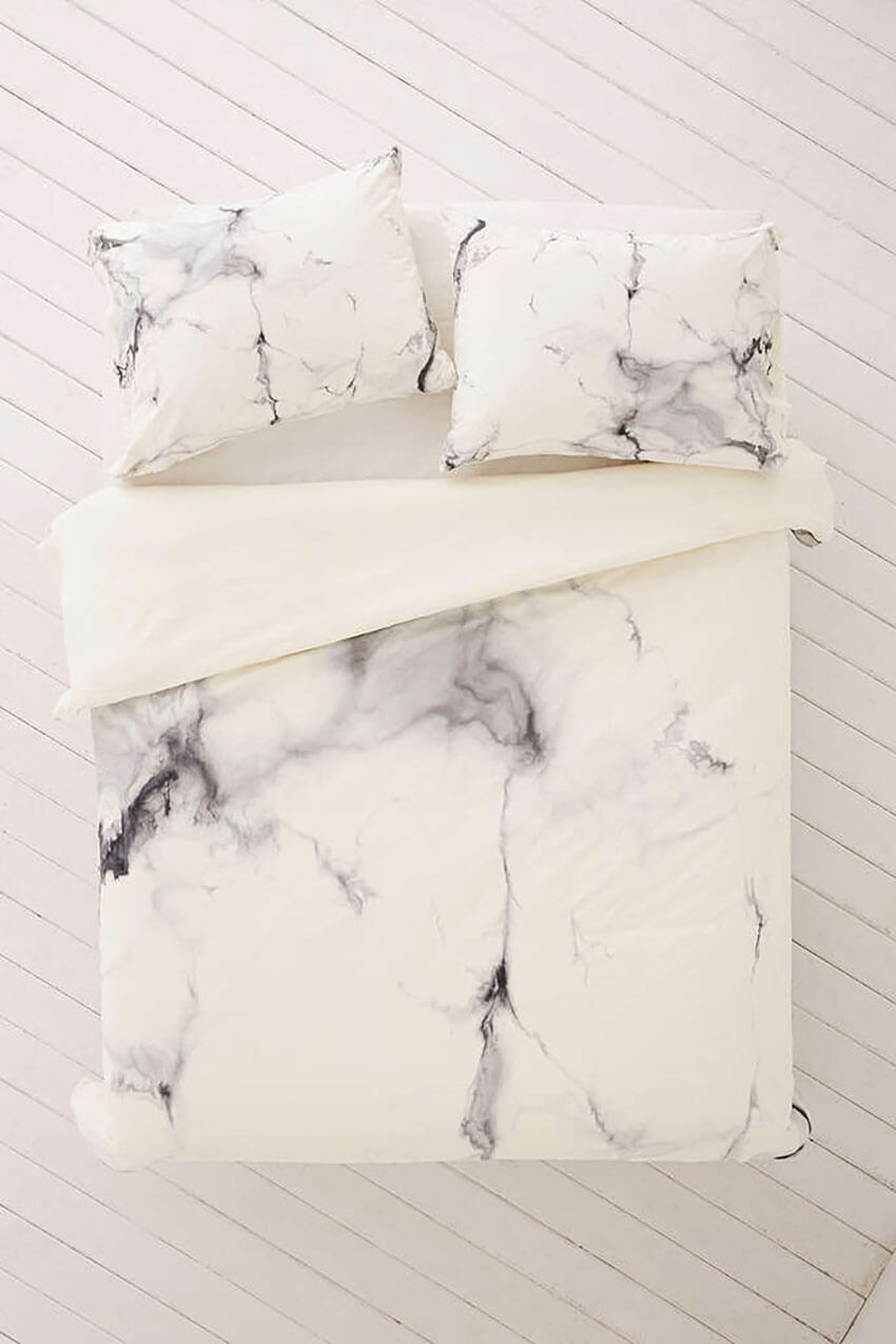 You can use the marble effect on your bedroom too.