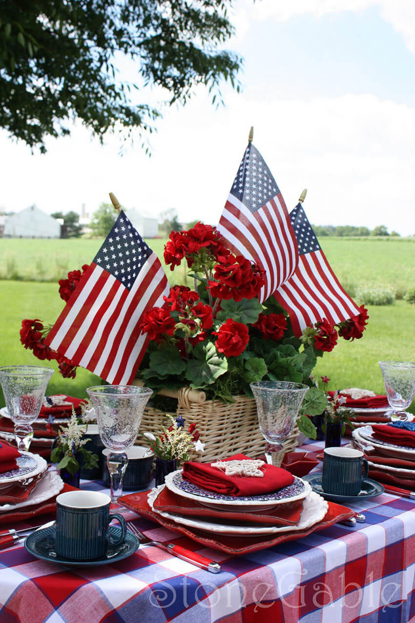 Focus on the three flag colors for the perfect memorial day.
