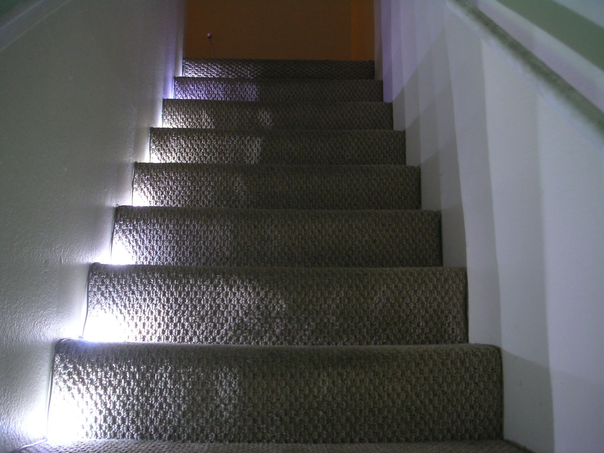 LED lighting for stairs and railings