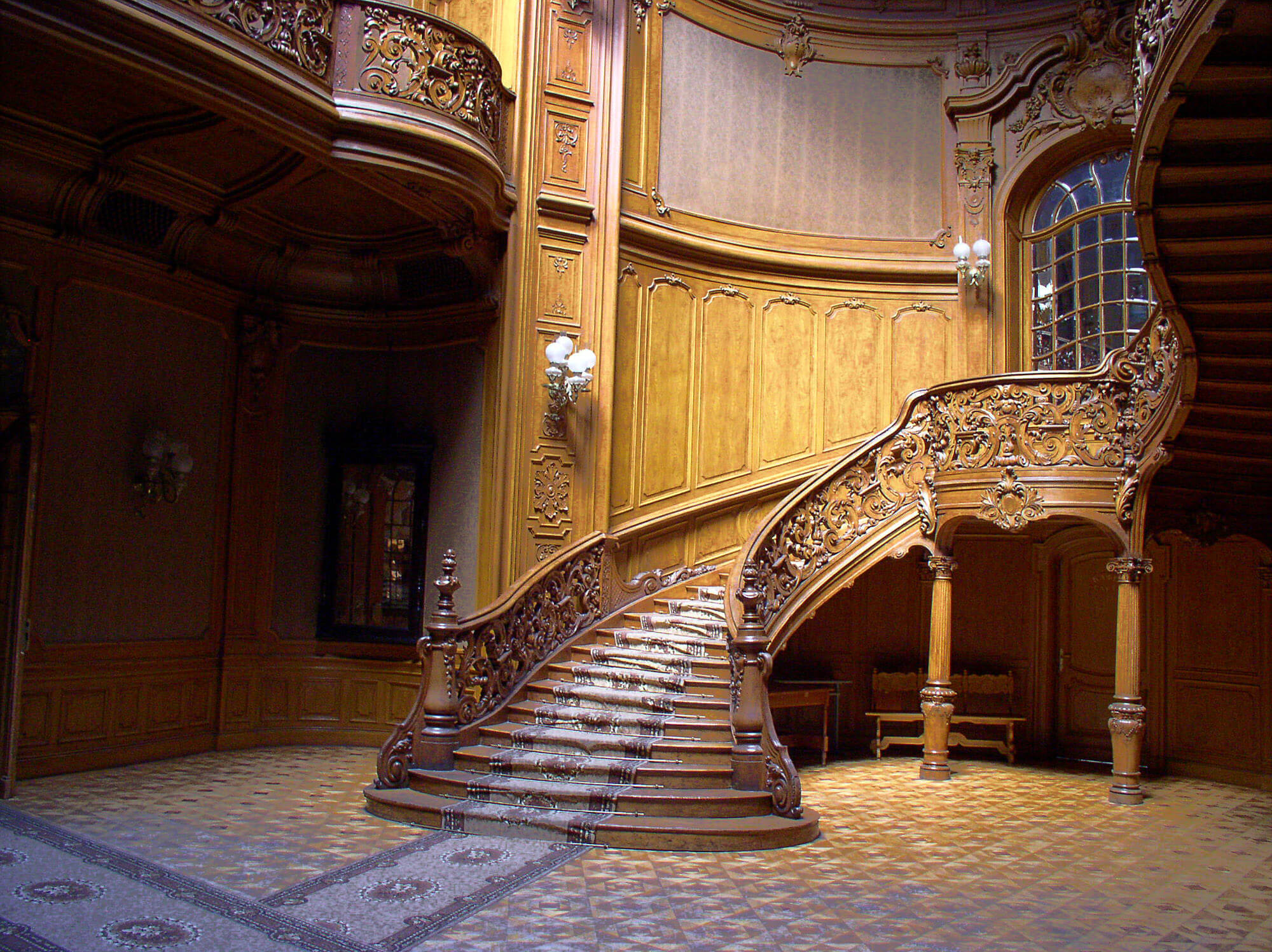 Grand staircase that seriously catches some eyes