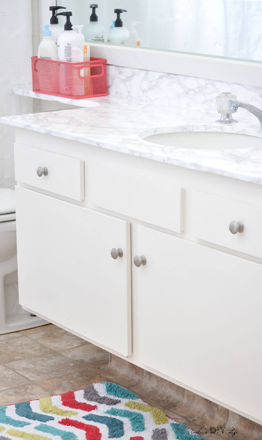 Bathroom countertops can benefit from the makeover, too!
