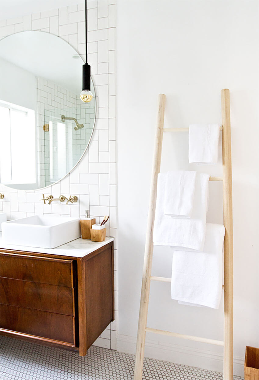A towel ladder is a modern and beautiful way to stack towels.