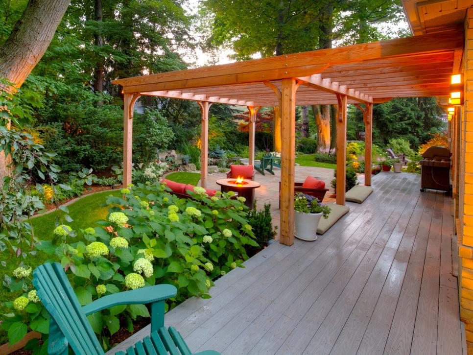 Luxury Landscape Features: Pergolas, Gazebos, and Arbors