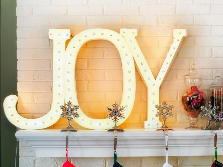 Joy to the world: lighing decor to brighten up the holidays