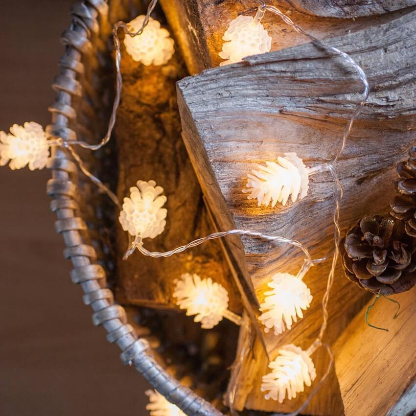 Beautiful custom LED lights that remind us of the season