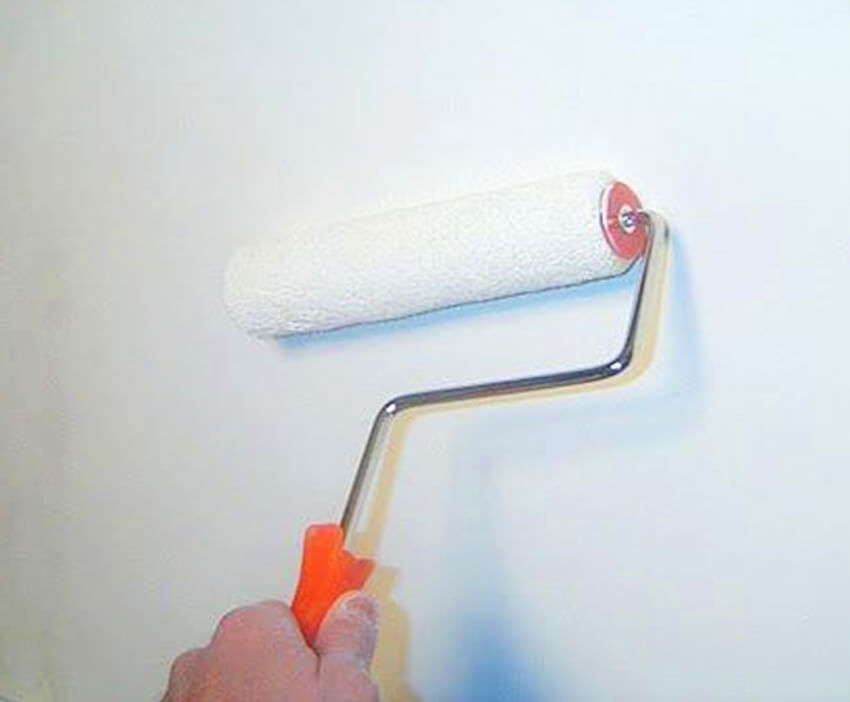 Priming your interior walls to be painted