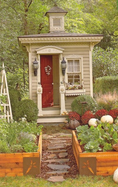 This she shed is perfect if you want a cozy place to relax in peace.