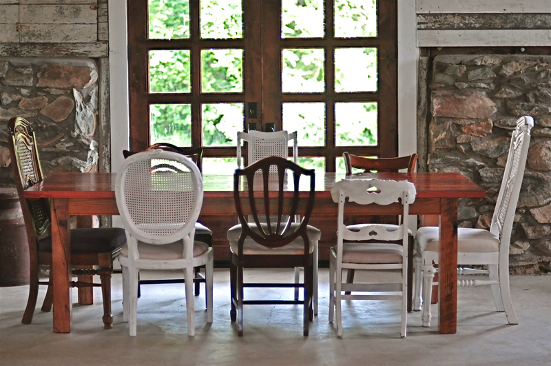 Tricks to Fitting Big Crowds in Your Small Dining Room