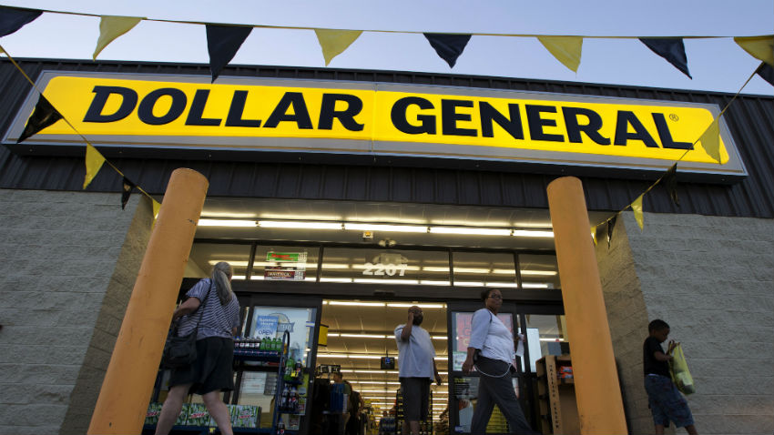 No hassle if you want to hit Dollar General on Thanksgiving. Image Source: Internet Monies