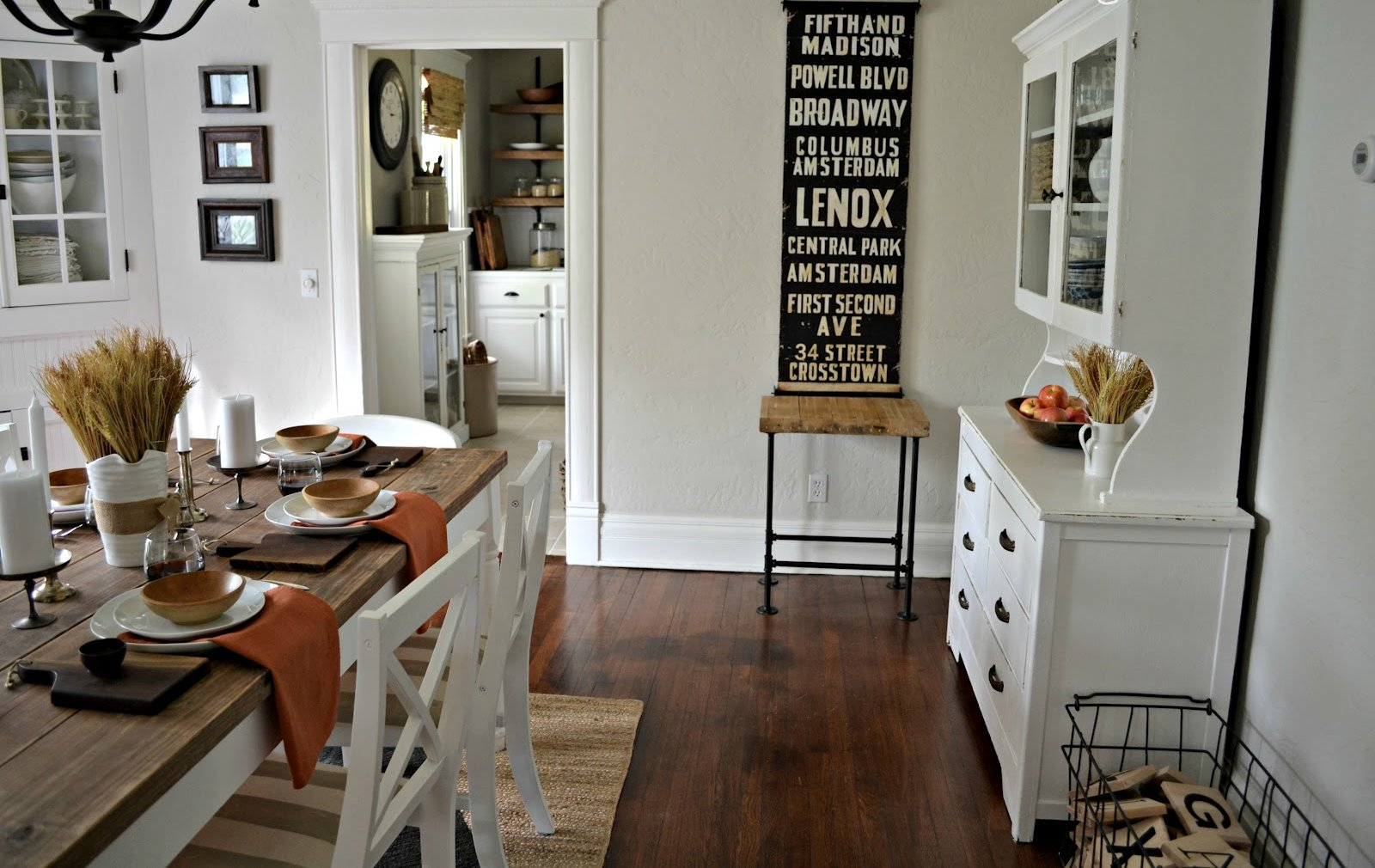 3 Ways To Incorporate Vintage Decor In Your Home Design Homeyou