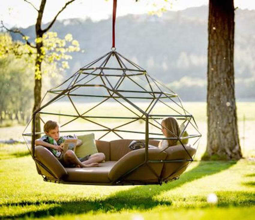 When you want a great place to relax and sway in the breeze, a hammock is the perfect choice for you and your backyard.