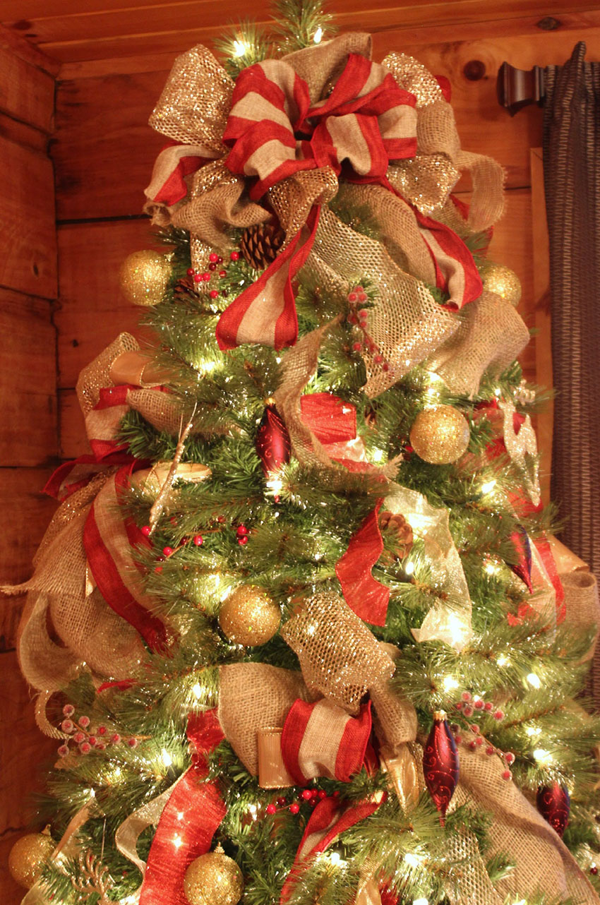 Decorations - 6 Tips for Picking the Perfect Christmas Tree