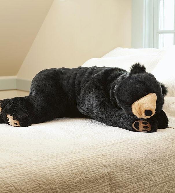 This Bear Sleeping Bag Will Make Sure No One Disturbs Your Sleep