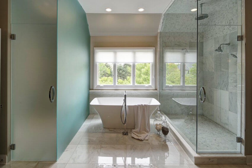 Open glass shower and tub for a bathroom