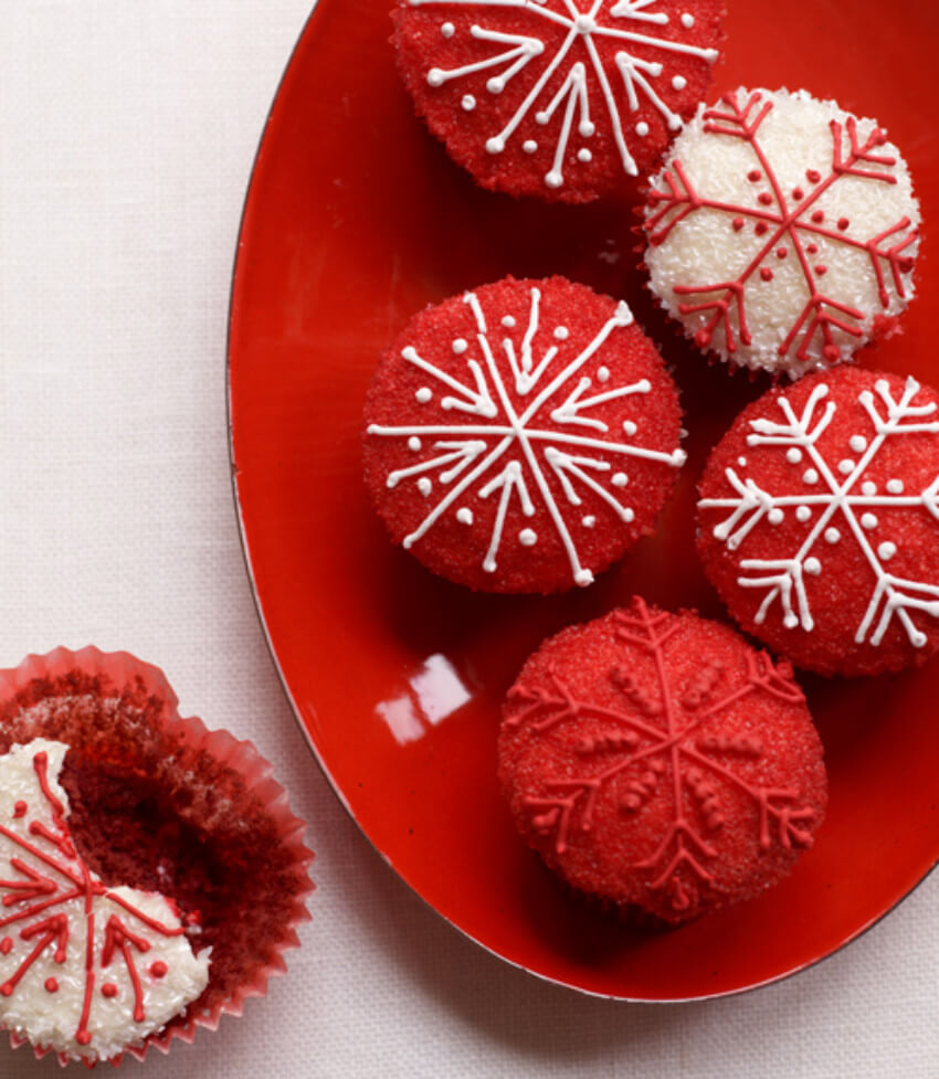 Red velvet cupcakes are perfect for Christmas!