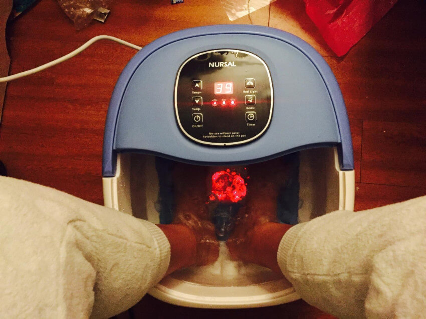 Instead of getting a spa gift certificate, bring that relaxing feel to her home with a massaging foot spa