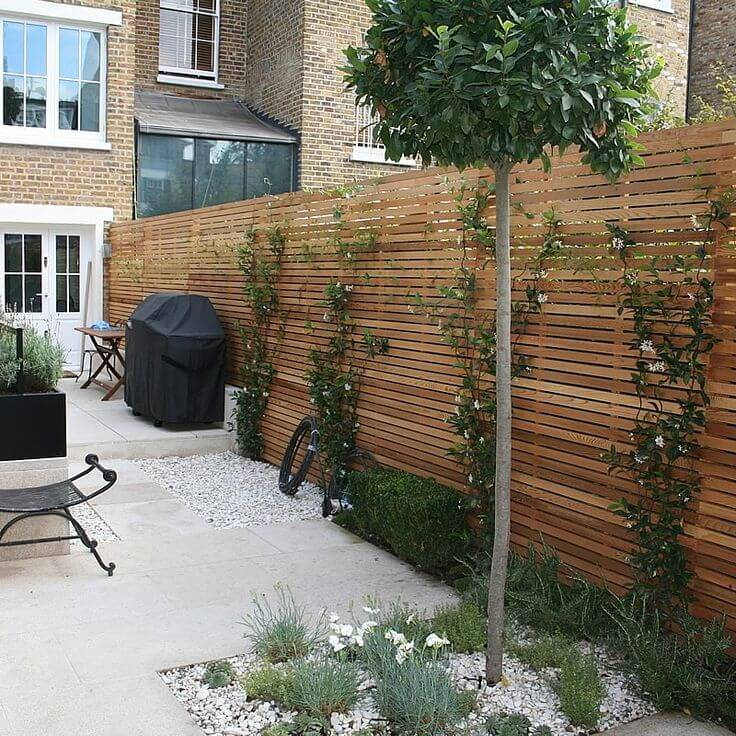 Wooden privacy fences can be quite beautiful