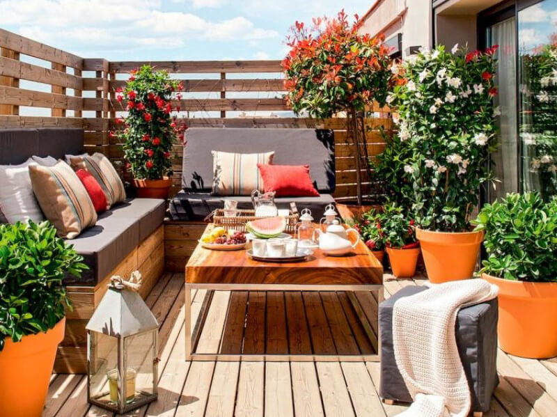 6 Smart Ways to Make the Best Out of a Small Patio