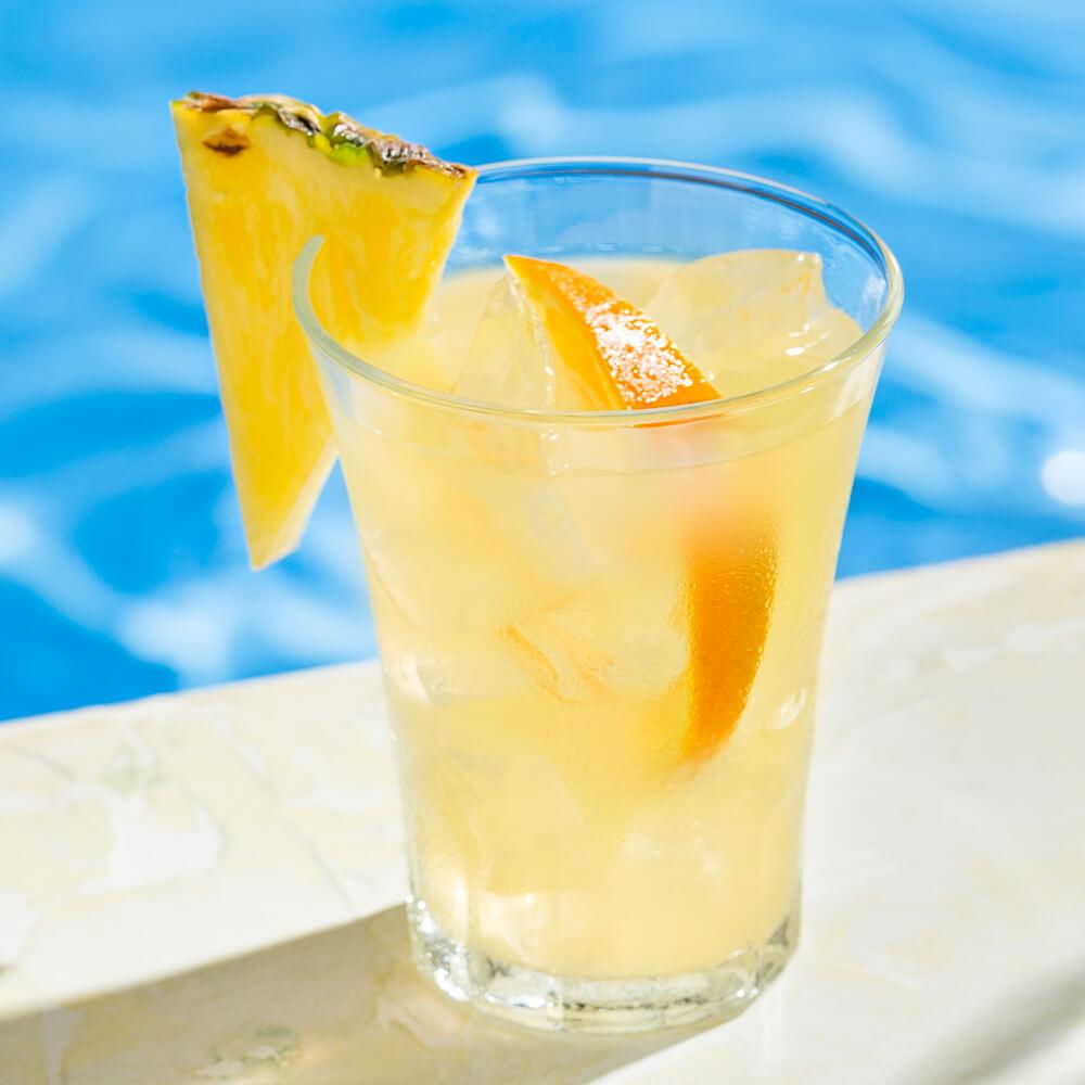 A delectable mix of lemon alcohol