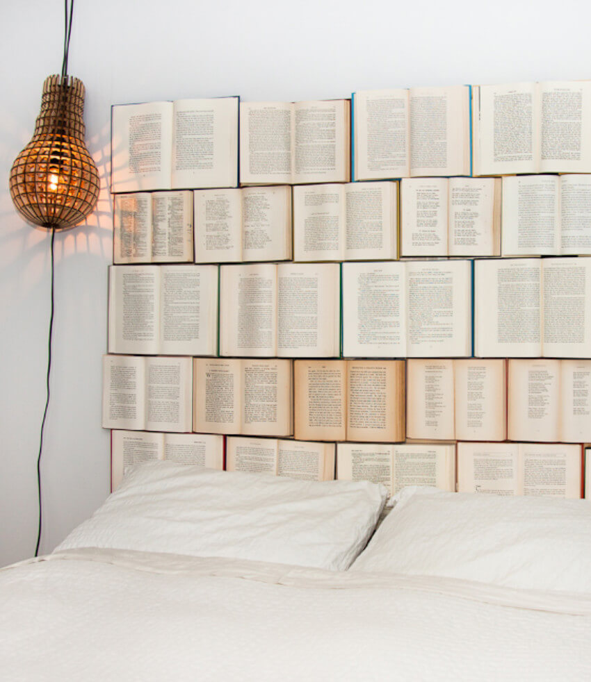 This is without a doubt one of the best book decorating ideas!