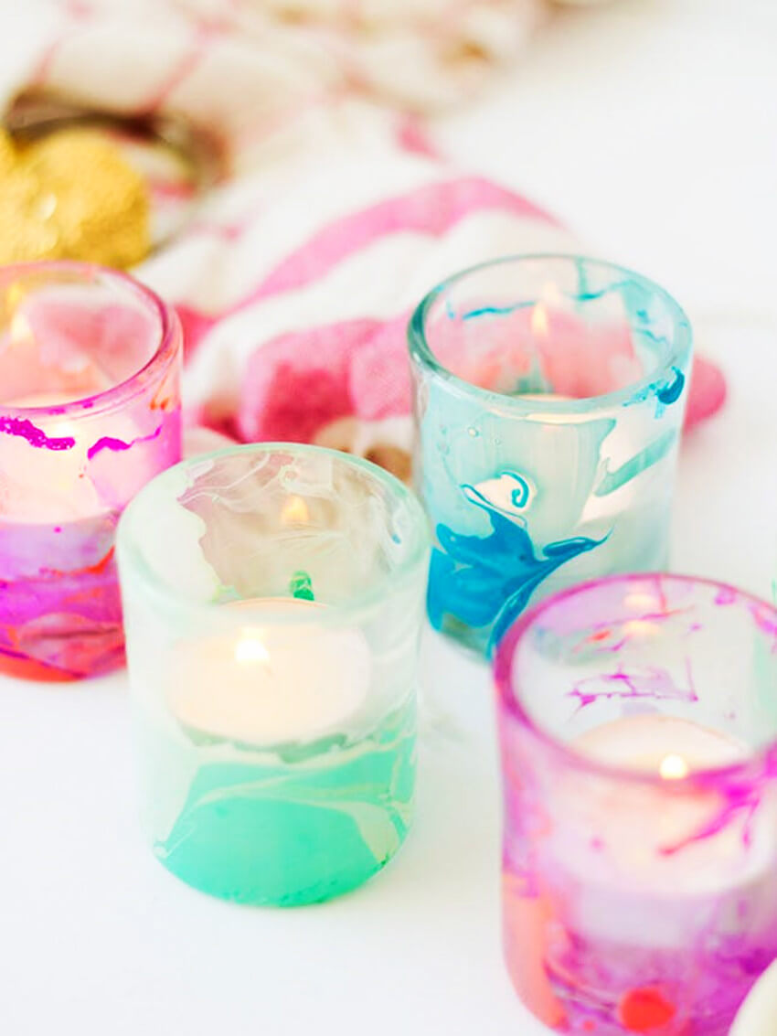 This DIY watercolor vibe makes a gorgeous candle!