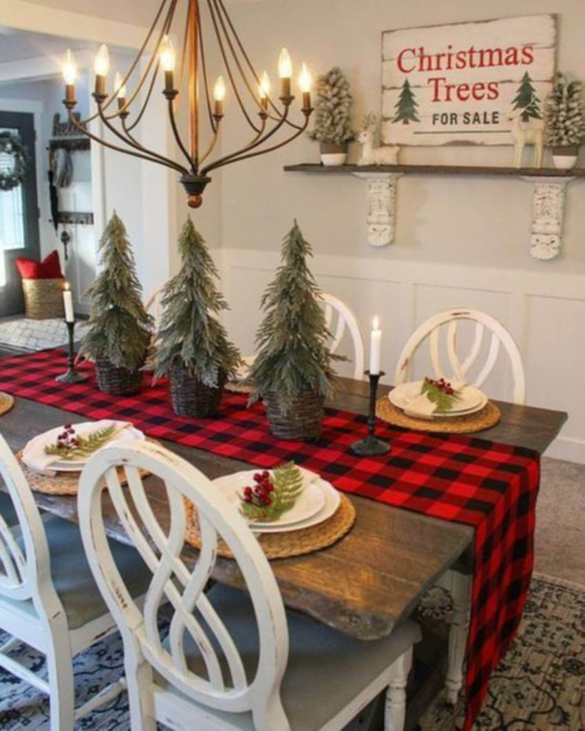 Rustic farmhouse and Christmas decor make a perfect match.