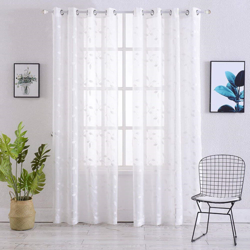 Sheer curtains are simple and beautiful.
