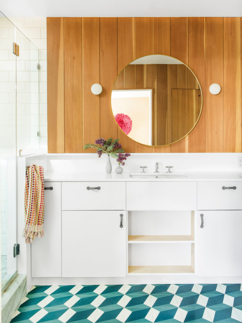 For a gorgeous and functioning bathroom, hire a professional service.