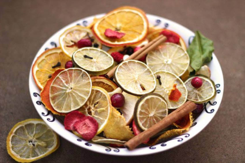 A fruit potpourri will give your home a wonderful smell.