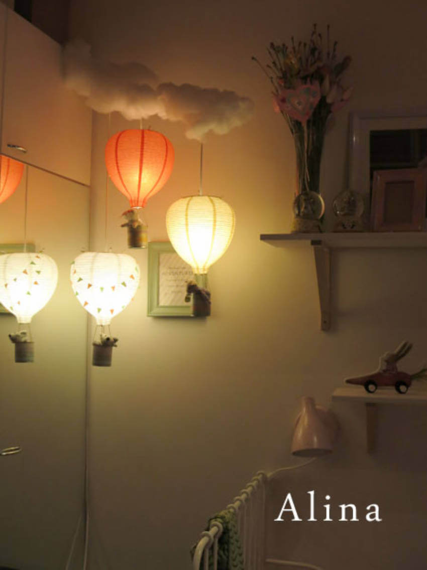 DIY balloons hanging lights.