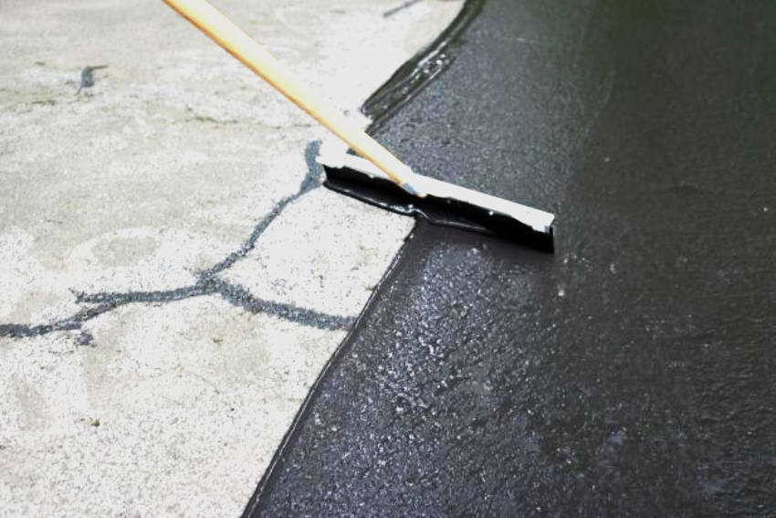Even though asphalt is simpler in aesthetics, it can still give you a great driveway!