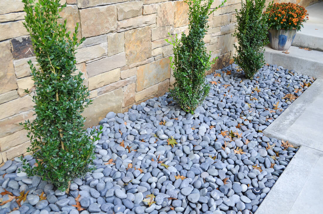 Pebbles and gravel make for a very tough mulch