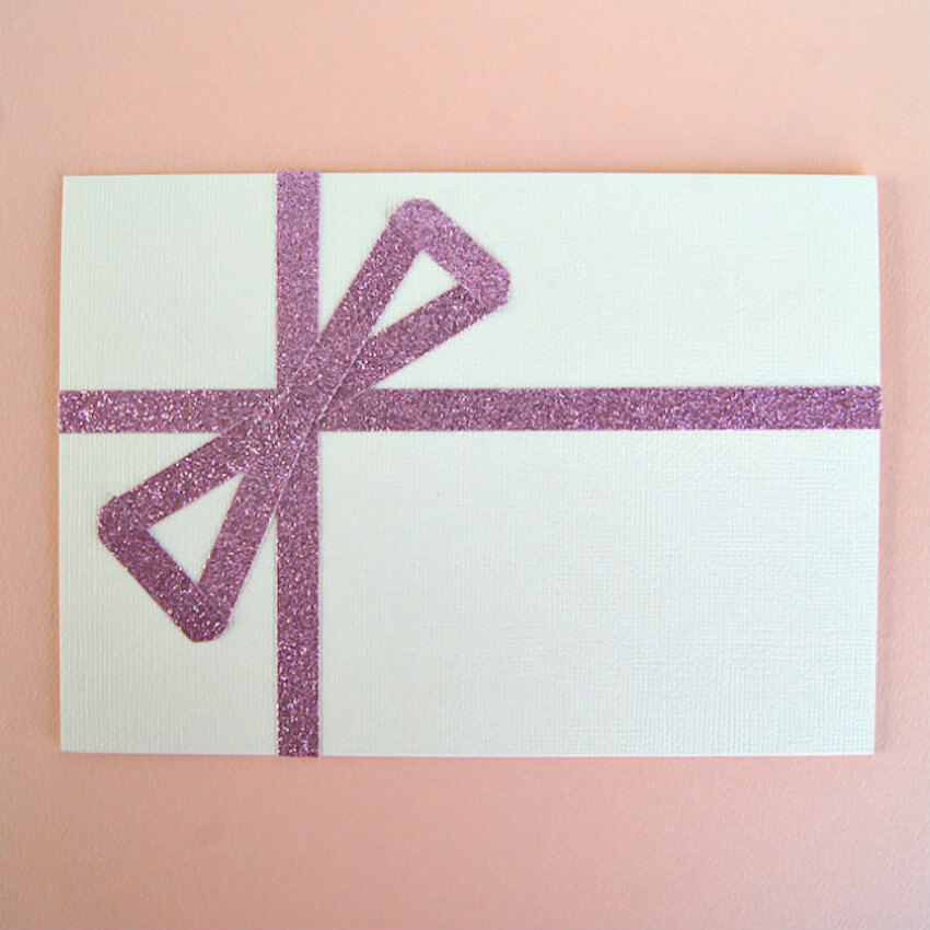 You can make your DIY card classy, fun, or cute with glitter patterns!