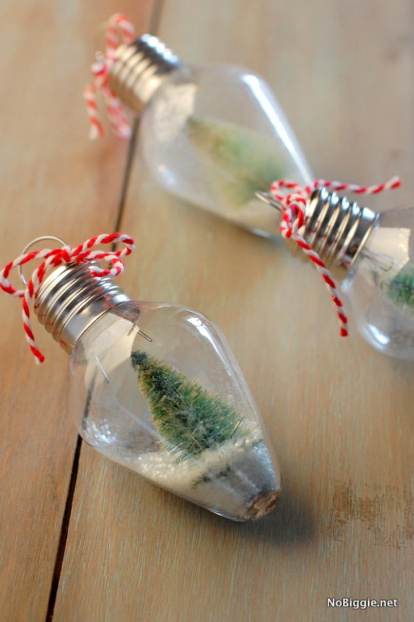 Snowglobes are adorable and will make your tree amazing!