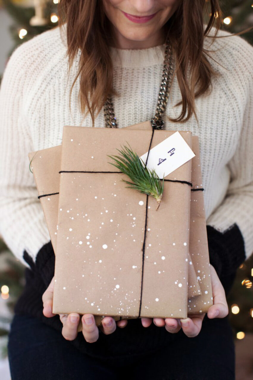 Paint splatter gift wrapping looks awesome!