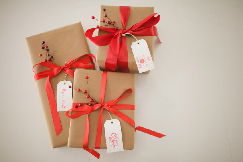 Kraft paper is very budget-friendly and it can make great gift wrapping!